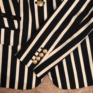 Banana Republic Jackets & Coats - Beautiful stripped blazer